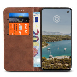 Casecentive Coque Portefeuille Cuir Samsung Galaxy S10e Brune